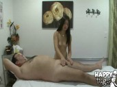 Mika Kim Happy Tugs Rub Club